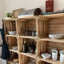 boîte à fruits blancs vieux panier avec des boîtes en bois
