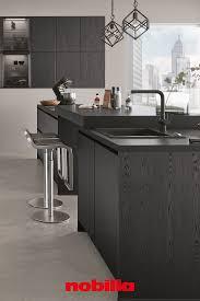 schwarze fronten mit stil dunkle küchen moderne küche