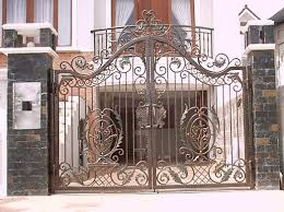 Home Iron Gate Design Great Iron Gate Designs Front Doors Gorgeous Door Gate Design For Modern Home Plan Of Iron Fence Best Tremendous Rod Gates 12538 Exterior Awesome Entrance And Decoration Using Light Clever Designs Homes Homesfeed Hot Simple In Kerala Addition To Firstrate 1000 Ideas Stesyllabus Concrete Driveway Automatic Openers With