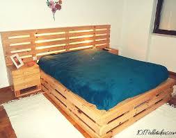 33 Cool DIY Recycled Pallet Bed Frame To Duplicate DIY Bedroom