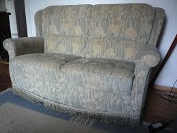 vintage sofa perfekt für kleine zimmer