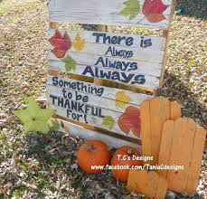 EASY TO MAKE PALLET YARD ART