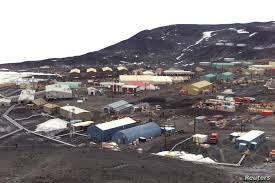 104 Antarctica House Two Technicians Die At Us Research Station In Voice Of America English