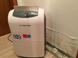 ein rohrbruch im badezimmer unser erster wasserschaden