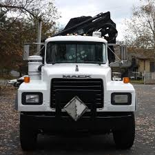 Mack Bucket Trucks / Boom Trucks In Pennsylvania For Sale ▷ Used ...