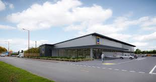 siege social aldi aldi plans birmingham store within a mile of sainsbury s and