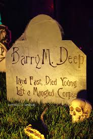 Halloween Tombstone Names by Outdoor Halloween Yard Decorations Happiness Is Homemade
