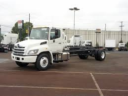 HINO CAB CHASSIS TRUCKS FOR SALE Intertional Cab Chassis Truck For Sale 10604 Kenworth Cab Chassis Trucks In Oklahoma For Sale Used 2018 Silverado 3500hd Chevrolet Used 2009 Freightliner M2106 In New Chevy Jumps Back Into Low Forward Commercial Ford Michigan On Peterbilt 365 Ms 6778 Intertional Covington Tn Med Heavy Trucks F550 Indianapolis