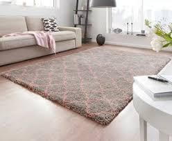 design velours teppich hochflor grau rosa