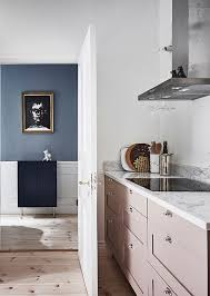 This Kitchen Looks So Elegant That You Will Think A Lot About Choosing Dreamy And Relaxing Shade For Space