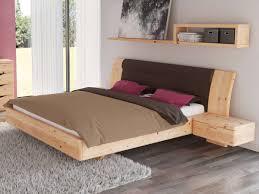 schlafzimmer aus massivholz zirbe mit zirbenbett nadine