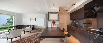 inters des neuen hauses weit offener raum mit küche und wohnzimmer