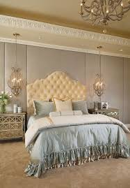 25 Victorian Bedrooms Ranging From Classic To Modern Transitional BedroomTransitional StyleBedroom DesignsRomantic
