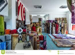 magasin de tapis tapis colorés dans le magasin photo stock image 47861852