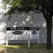 Art Gallery Haven 4411 Montrose Is Up For Sale After Bankruptcy