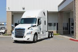 100 Truck Centers FREIGHTLINER Cascadia 126 SLP PT126SLP 2019 Velocity