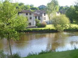 100 River Side House Limousin Rental A Charming Riverside House In Bellac