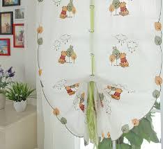 rideau pour chambre enfant winnie l ourson ficeler rideaux pour chambre d enfant