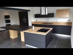 cuisine bois et cuisine équipée bois et noir par concept vie habitat