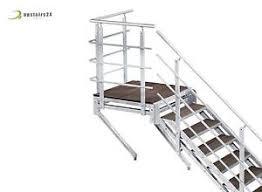 un palier d escalier escalier extérieur wpc 80 avec palier re d un côté