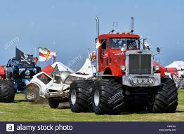 100 Truck Tug Of War Wrecker S Demonstration Guernsey West Show Horticulture And
