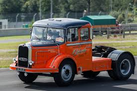 100 Old Semi Trucks Truck Pictures Classic Photo Galleries Free