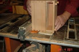 jewelry box dovetails and button feet