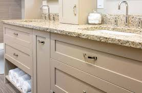 Bathroom Remodeling Des Moines Iowa by Plain Bathroom Remodeling Des Moines Ia Vanity With Granite