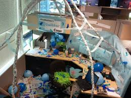 Cubicle Decoration Themes Green by Office 8 Halloween Office Decorating Ideas Halloween Cubicles