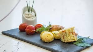 recette cuisine lyonnaise finger au saucisson lyonnais et sa cervelle de canut recette de