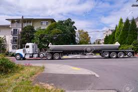 100 Side Dump Truck Trailer Truck A Large Vehicle In City Traffic