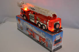 100 Texaco Toy Truck FIRE LADDER TRUCK Port Athur No3 135 Scale Working