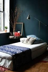 petrol farbe als wandfarbe und deko schlafzimmer design