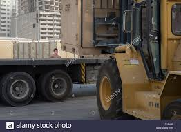 100 Atlanta Lift Truck Salvage Equipment Onload Stock Photos Equipment Onload Stock Images Alamy