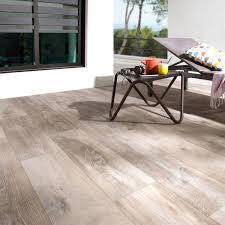 carrelage sol brun clair effet bois heritage l 20 x l 80 cm