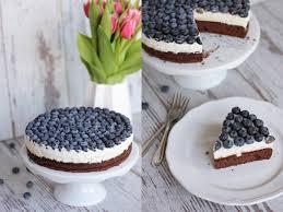 schoko blaubeer torte mit vanillequarkcreme eatbakelove