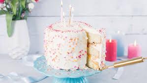 bunte vanille buttercreme torte der whoohoo geburtstagskuchen