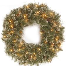 Christmas Tree Bead Garland Uk by Christmas Wreaths Garlands U0026 Centrepieces Bents Garden U0026 Home