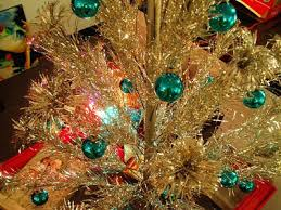 Aluminum Trees First Came Into Fashion During The Holiday Season Of 1959 When All Went On Sale Sales Were Moderate Year