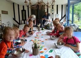 atelier cuisine enfants le cours de cuisine des enfants le bois des pierres