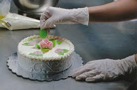 deco gateau en pate a sucre entourer un gâteau de ruban en pâte à sucre cerfdellier le
