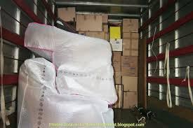 déménager un canapé brillant housse protection canapé déménagement artsvette