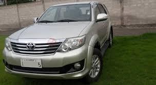 Toyota Crown 2012 Sedán en Ibarra Imbabura prar usado en