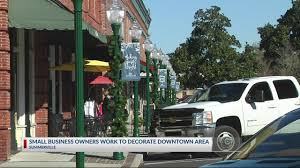 100 Truck Town Summerville Local Businesses Decorate Downtown Area For The Holidays