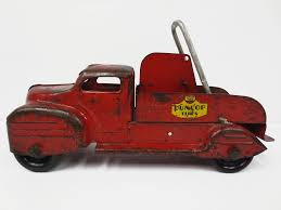 Lincoln Toys Red Tow Truck 13