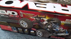 RC Modellismo Caserta - Unboxing Traxxas Revo 3.3 Nitro Rc Truck New ... Revo Rc Truck The Home Machinist Traxxas Erevo Vxl 116 Rc Brushless Monster Truck 100mph 34500 Nitro Powered Cars Trucks Kits Unassembled Rtr Hobbytown Traxxas Erevo Remote Control Wbrushless Motor Revo 33 4wd Wtqi Silver Mini Ripit Fancing Revealed Best Cars You Need To Know State Wikipedia W Tsm 24ghz Tq Radio Id Battery Dc Charger See Description 1810367314 Greatest Of All Time Car Action