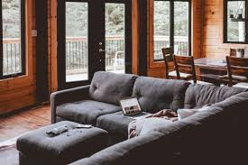 das sofa als raumteiler so funktioniert es richtig