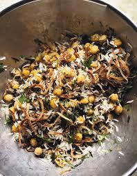 cuisine du riz riz basmati et riz sauvage aux pois chiches raisins secs et herbes