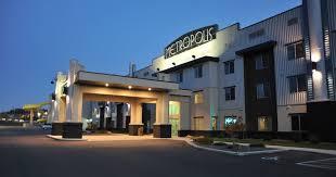 El Patio Eau Claire Express by Metropolis Resort Hotel U0026 Indoor Water Park In Eau Claire Wi