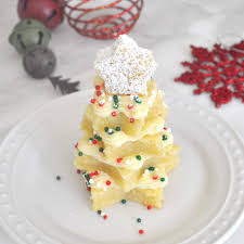Christmas Tree Meringue Cake by Vanilla Christmas Tree Cake With Custard Cream By Cooking With